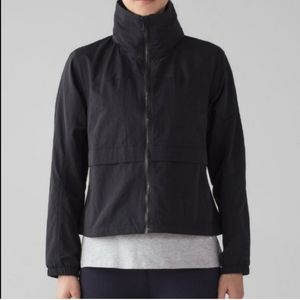 Lululemon Effortless Jacket in Black